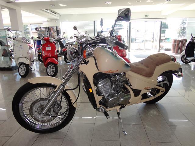 HONDA VT 600 CN