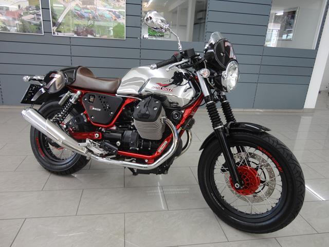 MOTO GUZZI V7 750 Racer